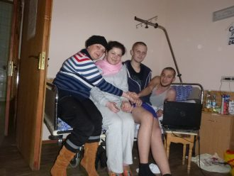 Нина Москалева в больнице с пострадавшими на Майдане