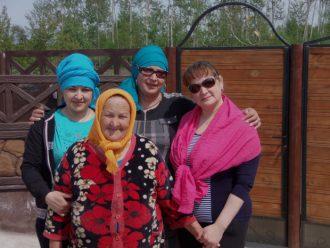 Кучерук Галина с дочерьми