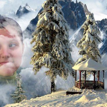 Зимой, на Рождество, ее душа  ко мне пришла, а летом  к Богу улетела, в небеса…